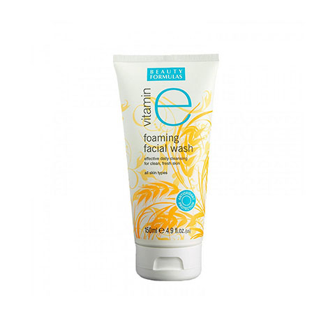 beauty-formulas-vitamin-e-foaming-facial-wash-150ml_regular_5db565bd3fc3e.jpg