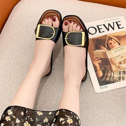 metal-buckle-flat-bottom-wear-slippers-black-36_regular_6044a0572a211.jpg