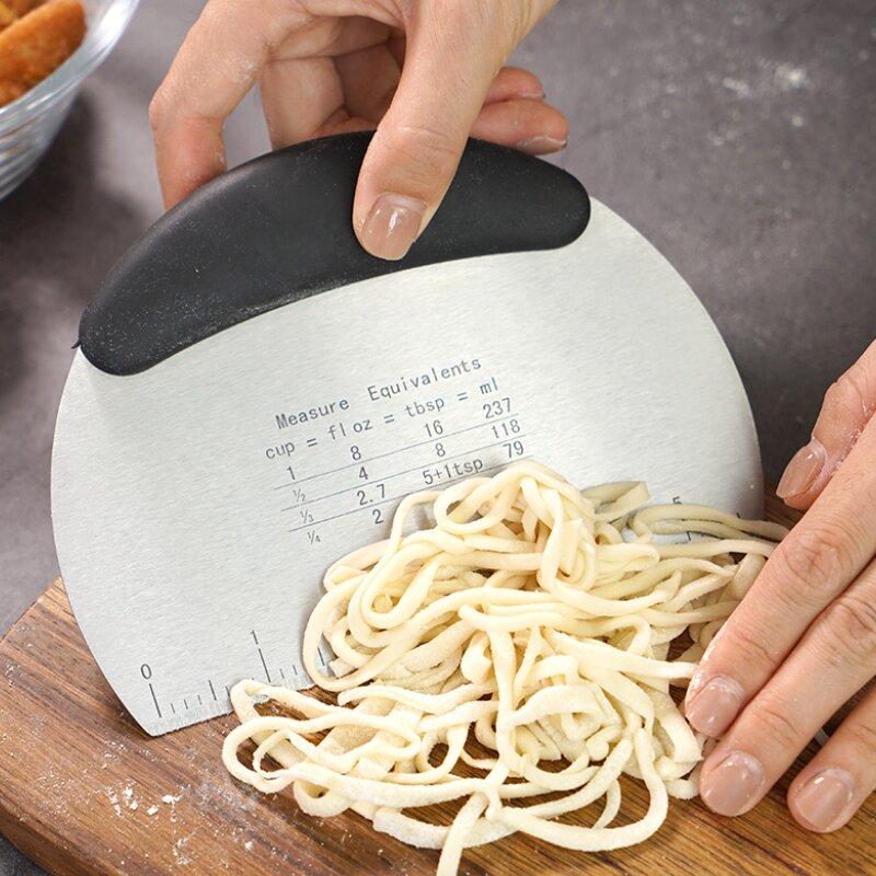 Stainless Steel Semi Circular Non-Slip Scraping Panel Baking Tool (1001084)